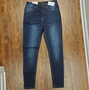 Size 8 (Short) NEW Rue 21 Uber High Rise Jeans